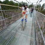 Video: World's Longest Glass Bridge – Would you Walk on it?